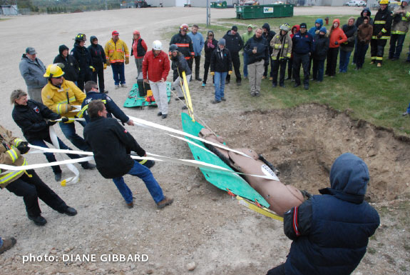 �TLAER workshop participants rescue a distressed horse